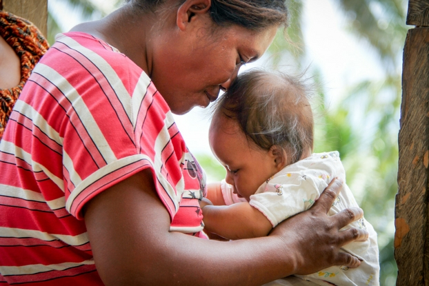 In 2015, 760 mothers-to-be died every day. What happens when a mother dies? In poorer parts of the world, a mother's death can be devastating to her family.