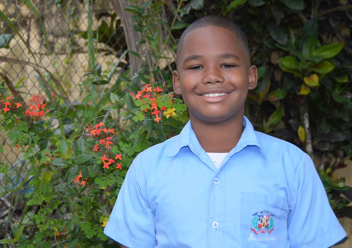 Ismael in the Dominican Republic wants to give his mom a refrigerator.