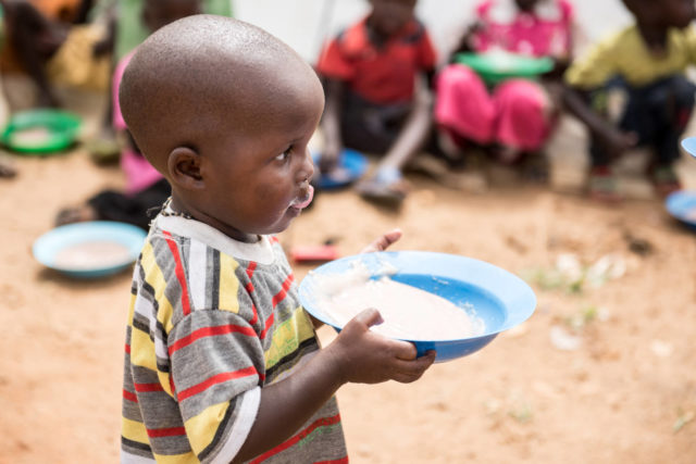 Uganda child refugees