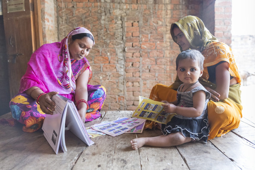 Families that plan to space out pregnancies improve the health of both the mothers and children. Meet two moms in India who chose plans for their families.