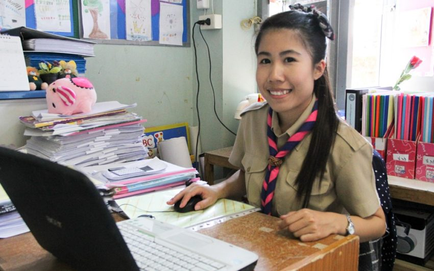 A former World Vision sponsored child is now an English teacher in Thailand.