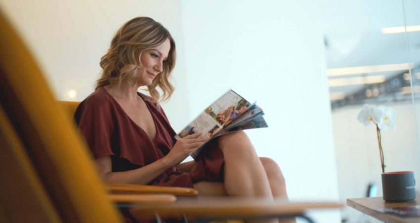 Country superstar Jennifer Nettles is partnering with World Vision for her upcoming Christmas tour.