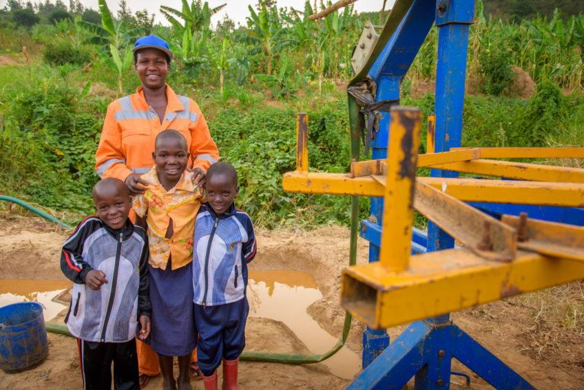 Angelique Hakurinka and children