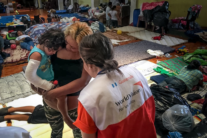 World Vision's doctor Luz Maria Cabrera treats a child in an evacuation center in Escuintla, about 13 miles from the volcano. (©2018 World Vision/staff photo)
