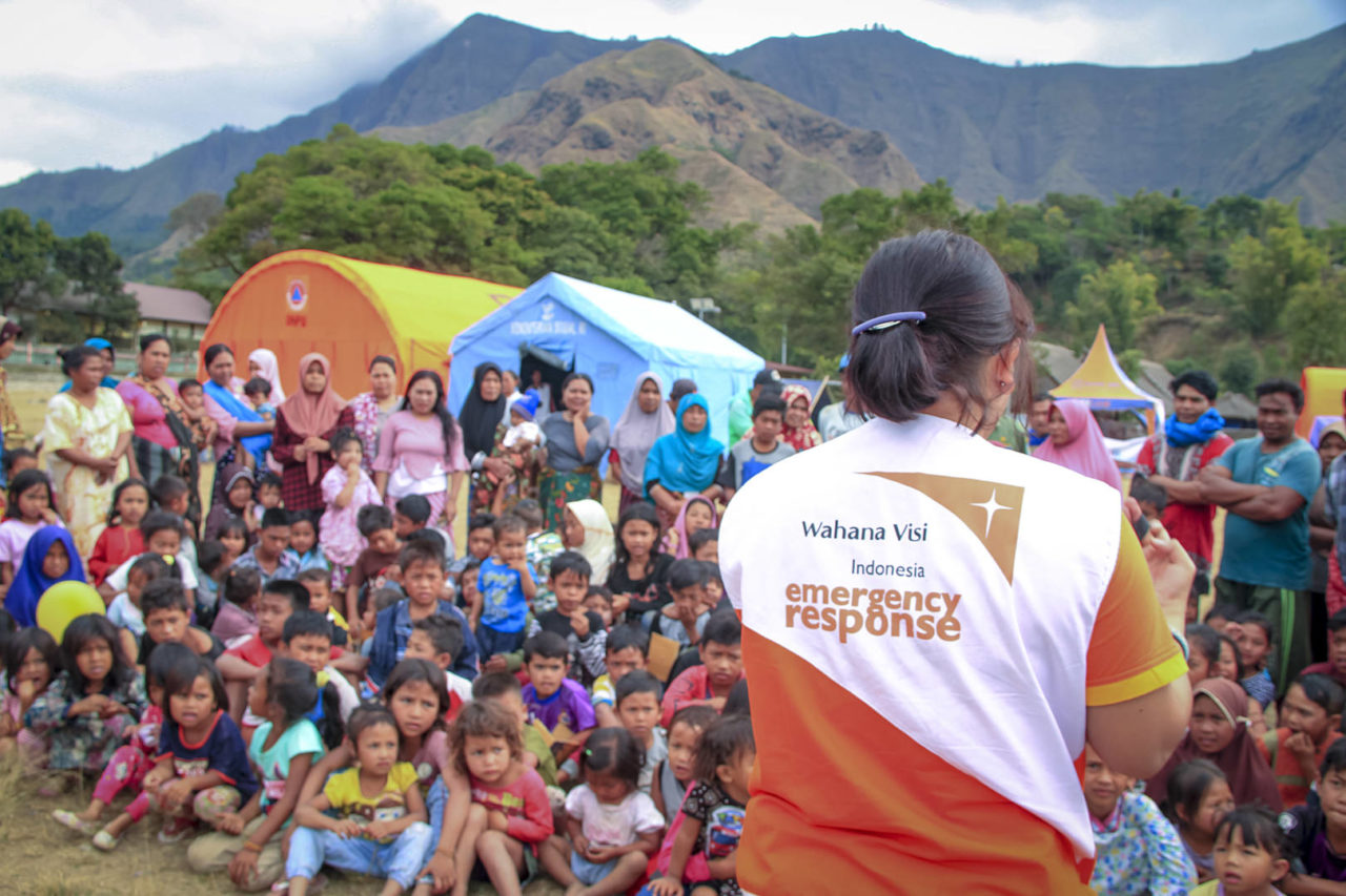 Lombok, Indonesia earthquake. More than 200 children have attended Child-Friendly Spaces in Sembalun Bumbung Village on Lombok island. Activities for the children include singing, clapping hands, and drawing.
