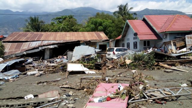 """Sept. 28 earthquake and tsunami in Central Sulawesi, Indonesia. """"Many houses are damaged and bodies are buried under the ruins of the house,"""" says World Vision volunteer Makmur, after surveying the post-earthquake scene in Silae district of Palu, in Central Sulawesi."""