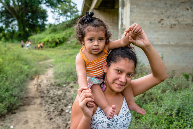 A mother and daughter in Jamastran, Honduras. ©2018 World Vision, photo by Jon Warren.