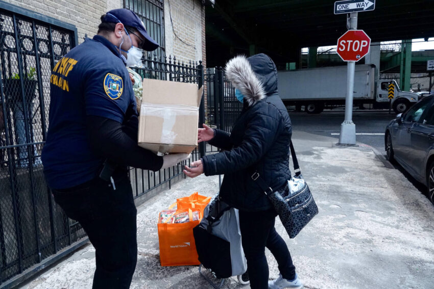Pastor Francisco Fernandez, who also works as a chaplain for the New York City Police Department, distributes World Vision Family Emergency Kits through his church.