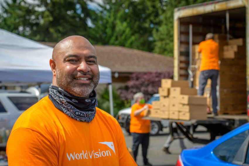Pastor Ofa Langi provides food and hope to families struggling through hard times during the coronavirus pandemic.