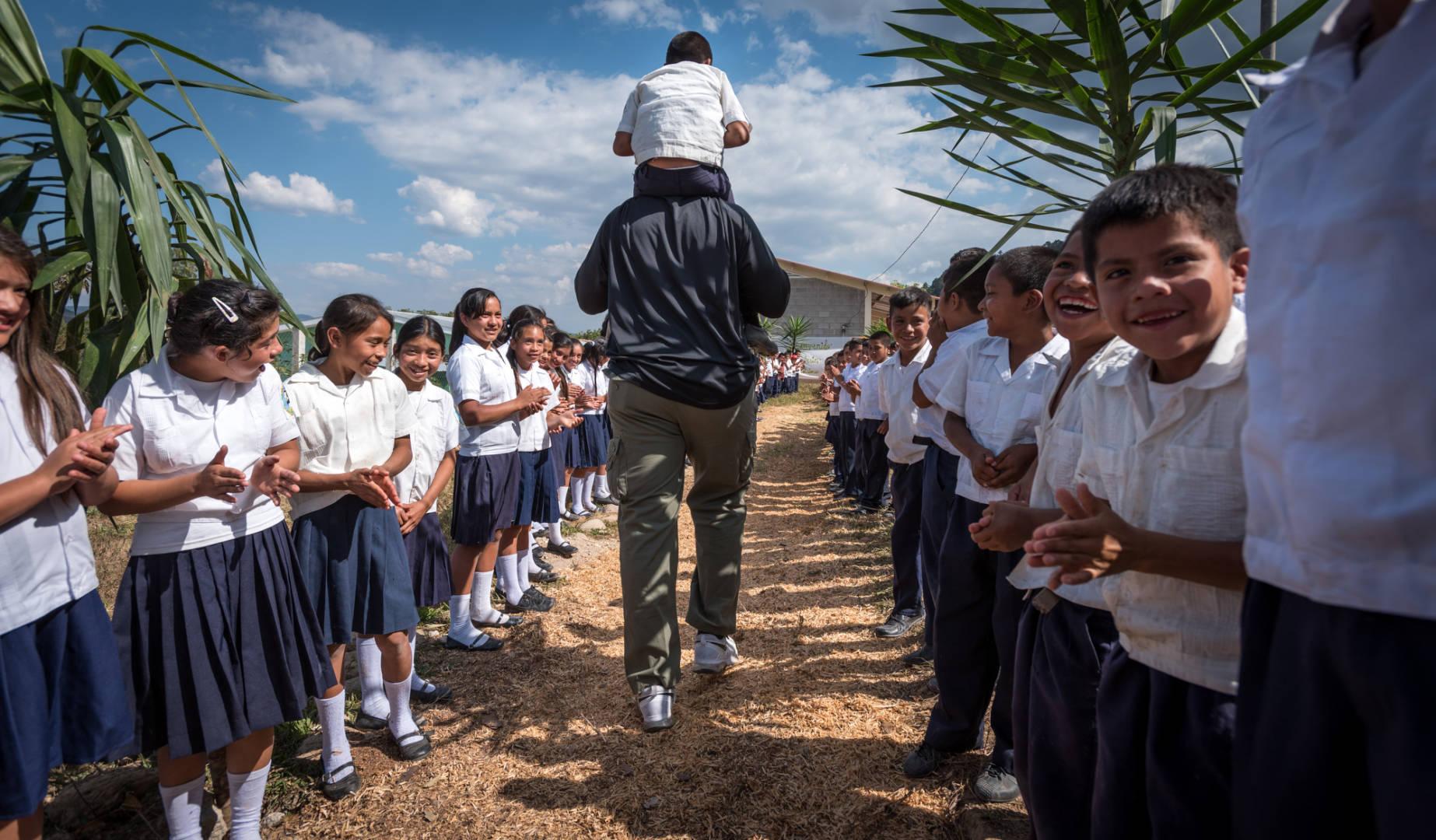 One of our favorite photos of 2016 is of the NFL's Kelvin Beachum, Jr., in Honduras.