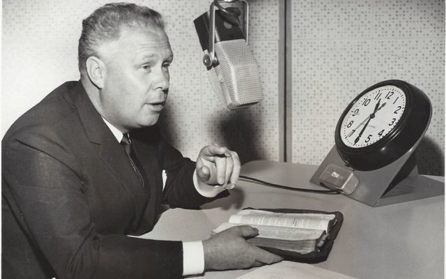 World Vision founder, Bob Pierce, talks about New Year's resolutions on a December 1959 radio broadcast.