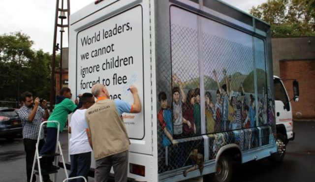 World Vision brought together renowned 3D chalk artist Hani Shihada and New York City students to bring messages of hope and urge world leaders to help children caught in the Syrian crisis. The resulting truck drove around the city, visiting major landmarks. PHOTO: World Vision.