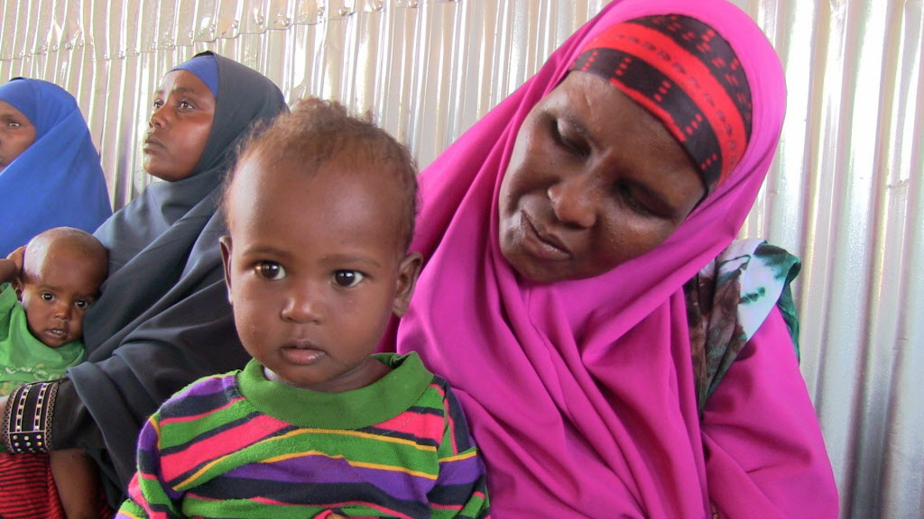 Mother and child. (©2015 World Vision, John Kisimir)