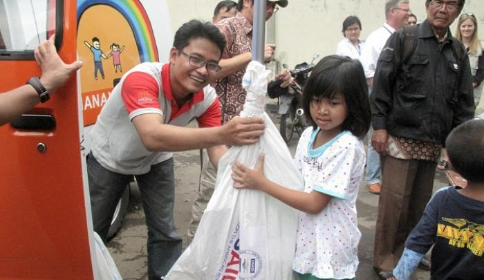 World Vision and USAID in Jakarta.