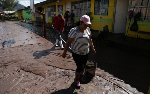 Cleaning up after Mexico's Hurricane Patricia